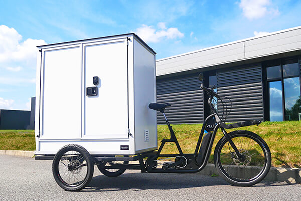 D-BOX adapted to the VUF electric bike for city centre delivery