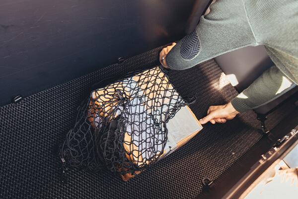 P-BOX filets pour maintenir les colis lors de la livraison en centre-ville